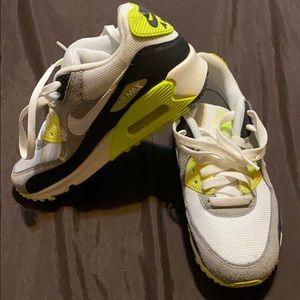 BRAND NEW Nike Air Max 90(GS)